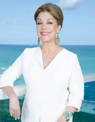 Virginia Vallejo in Miami. Photo by Dora Franco, 2017