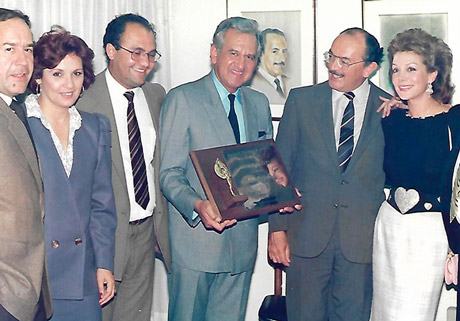 With my colleagues of the Association of Colombian Announcers , 1987